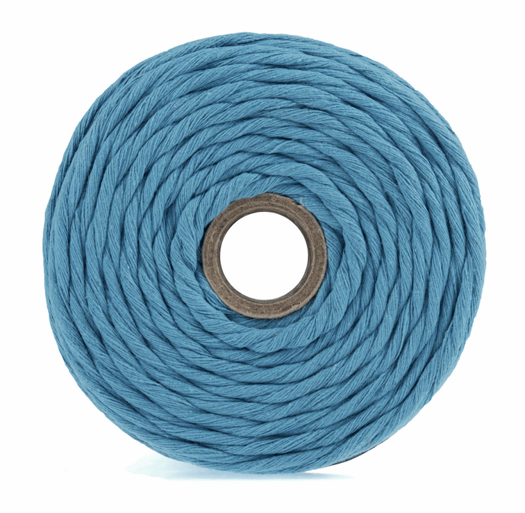 Macramé Cord: 87m x 4mm: Blue