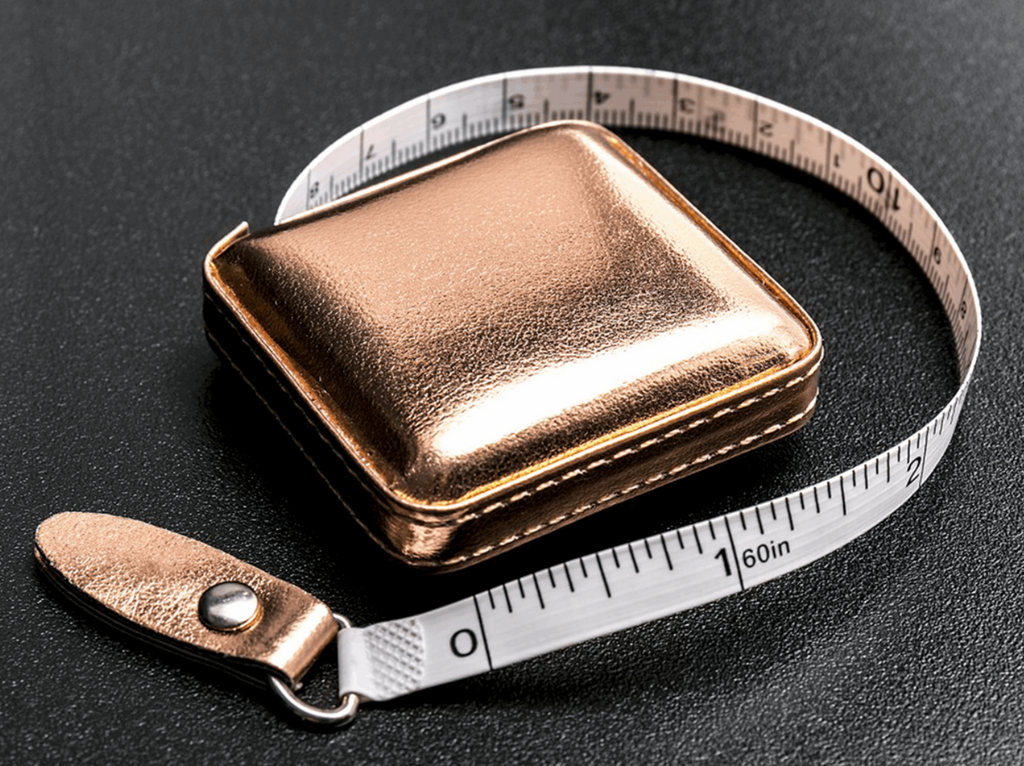 Retractable Tape Measure: Rose Gold