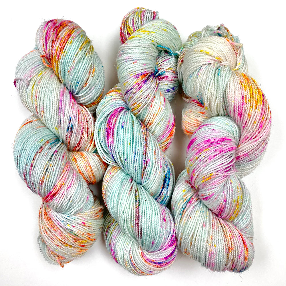 Gilliangladrag Holy Fluff Silver Sparkle Sock Yarn 100g Hand Dyed  : Birdhouse in Your Soul