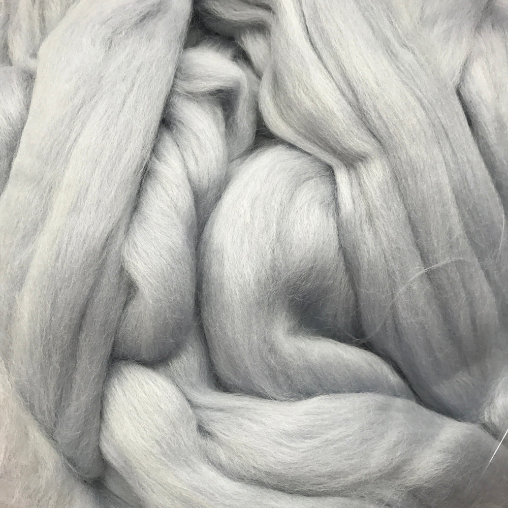 100g Silver Merino wool tops for felting & giant knitting