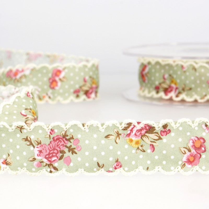 Vintage floral ribbon with spots 10 green