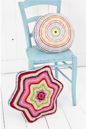 Stylecraft Crochet Cushion Pattern - 9137