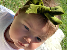 Load image into Gallery viewer, 'Marli' Velvet Bow - Olive