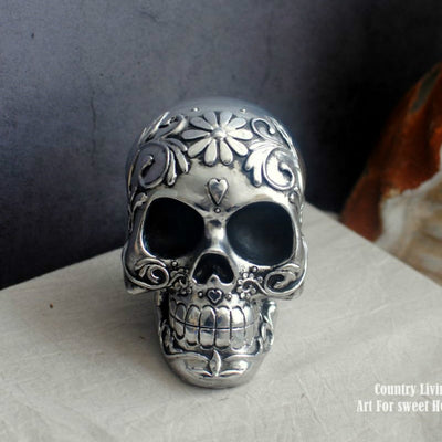 Skull Statue Sculpture Rock Punk Gothic Silver Old Resin