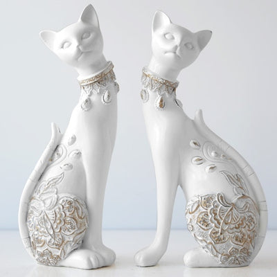 Cat Decorative Resin statue Creative European home decor sculpture