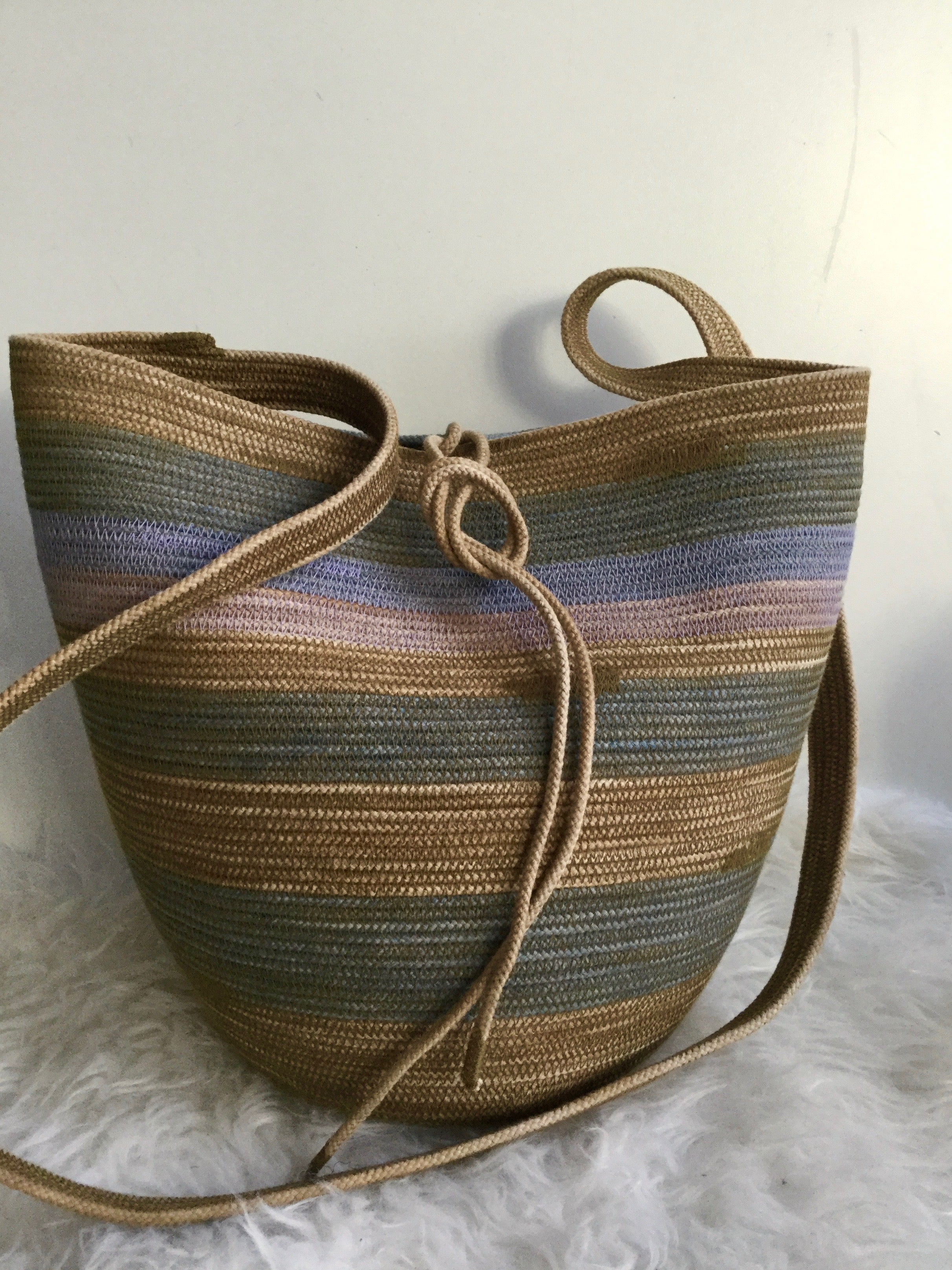 foraging rope basket