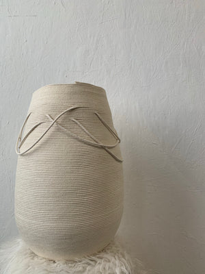 LIGHT PORTAL Sculpted Vase