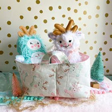 Load image into Gallery viewer, Mint reindeer divided basket