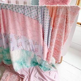Large stripey blanket in Kitties/coral and cream