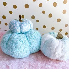 Load image into Gallery viewer, Blue plush pumpkins set of 3