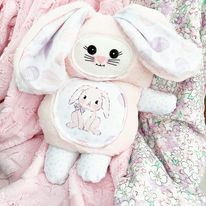Mama bunny cutieloo in Pink seal