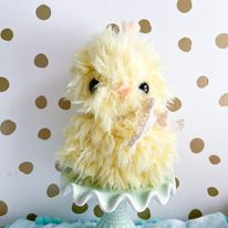 Yellow cuddle chick