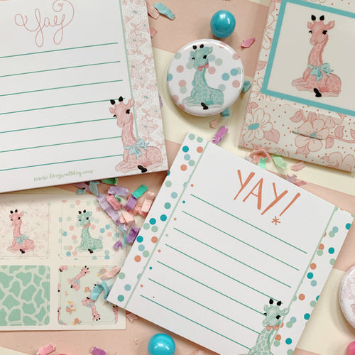 Giraffe Stationary Set