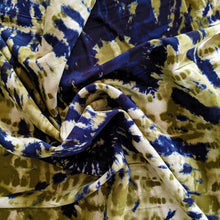 Load image into Gallery viewer, Rayon Poplin Print - 1/2 metre