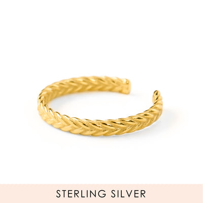 Braided Love Thumb Ring Gold