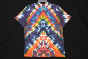 Men's reg. T shirt Large  #7863  Chevron design.
