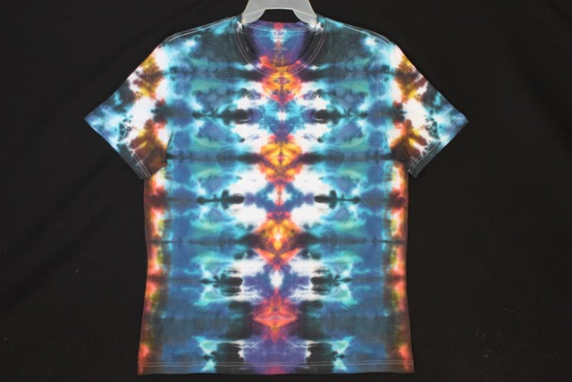 Men's reg. T shirt Large  Totem design.