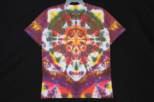 Men's reg. T shirt Large  #7866  Classic Mandala design.