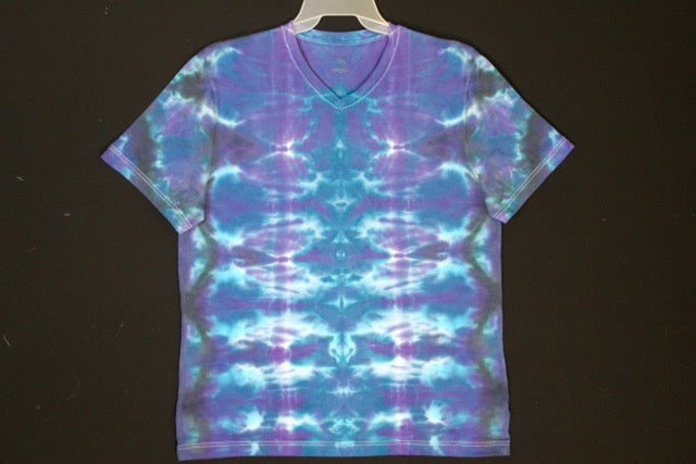 Mens soft stretch T shirt  Large.  #8250  Totem design. Blue Harmony. $75