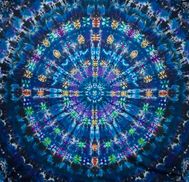 'Heavenly Hub' Mandala 90