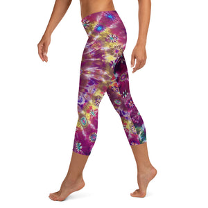 'Fall Phantasm' Capri Leggings