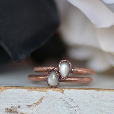 Grey Moonstone Ring,LUNAandLORES.