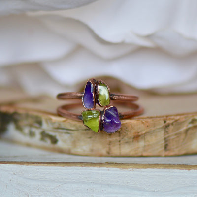 Amethyst Peridot Ring, Multi Stone Ring, Raw Gemstone Ring, Unique Gift for Her, Crystal Jewelry, Stacking Ring, Birthstone Ring, Boho Ring,LUNAandLORES.