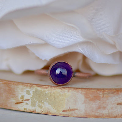 Amethyst Ring, Birthstone Ring, Raw Stone Jewelry, Electroformed Ring, Gift For Her, Stacking Ring, Boho Ring, Boho Bridesmaid Gifts,LUNAandLORES.