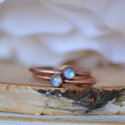 Rainbow Moonstone Ring, Raw Crystal Ring, Electroformed Ring, Birthstone Jewelry, Unique Gift for Her, Thumb Ring, Boho Ring, Stacking Ring,LUNAandLORES.