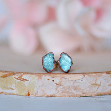 Raw Apatite Earrings | Apatite Studs | Birthstone Earrings,Ringschock