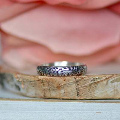 Leaf Swirl Ring, Pattern Ring, Wide Silver Band, Stackable Ring, Sterling Silver Ring,Gift For Her, Thumb Ring, Boho Silver Ring, Wide Ring,LUNAandLORES.