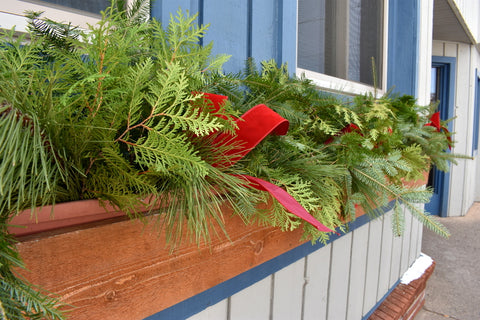 Holiday Decorating Tips for Using Fresh Greenery
