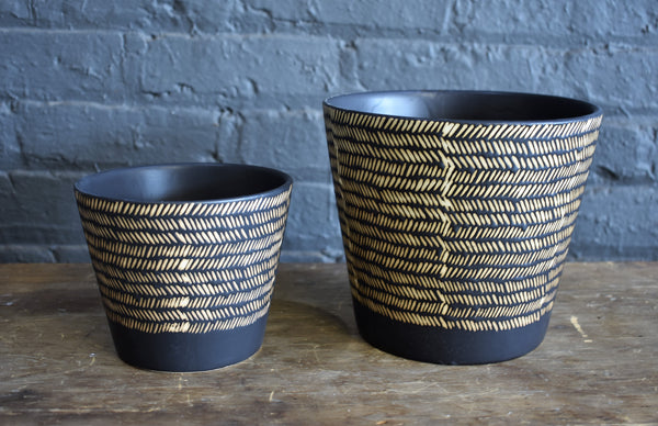 "Accent Decor ""Nubia"" pot cover collection"