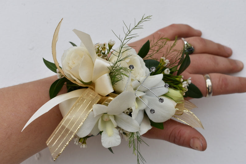 Show- stopper corsage