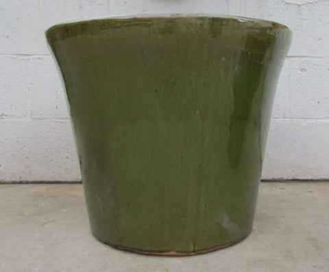 Delphine planter in Green
