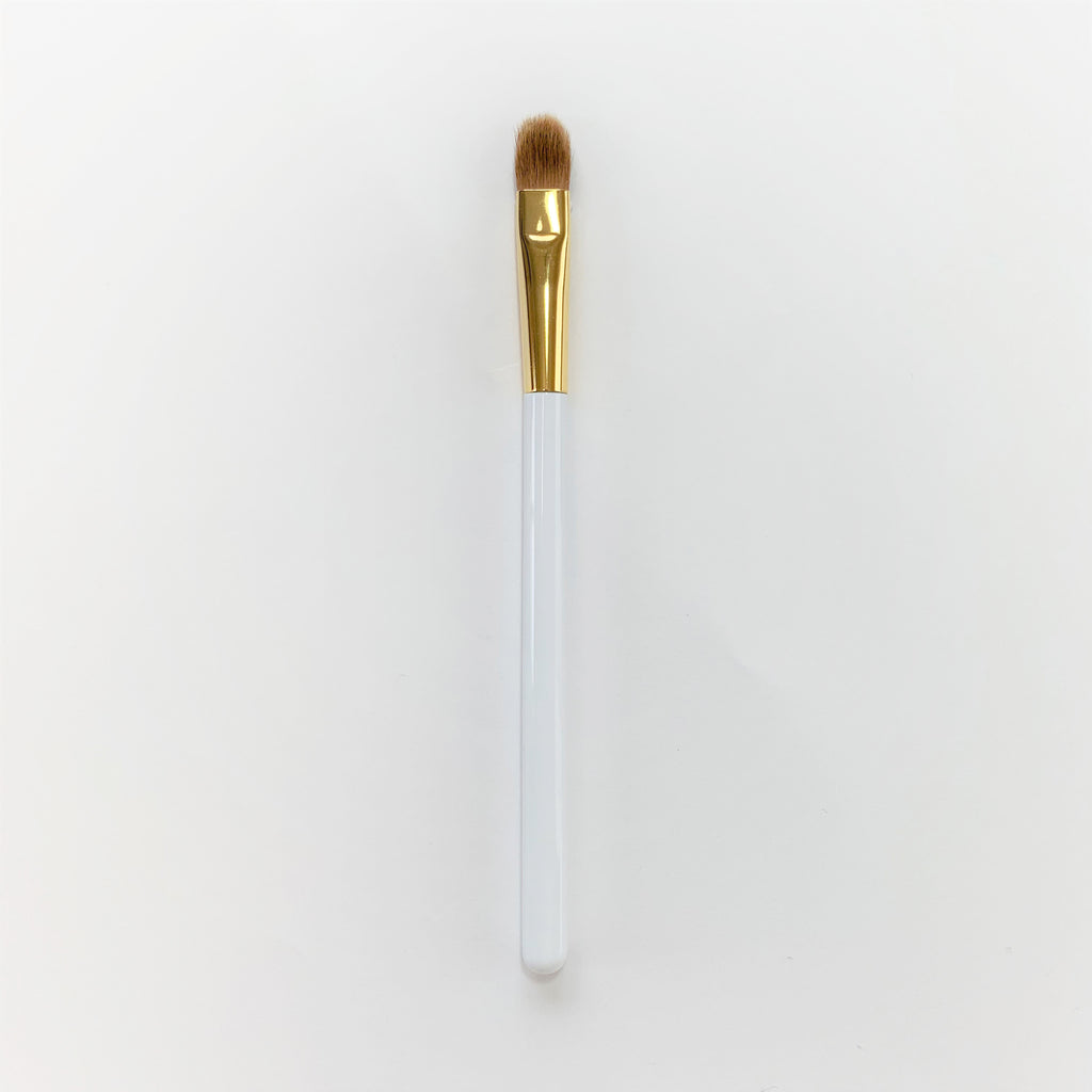 Koyudo Medium Eyeshadow Brush in White