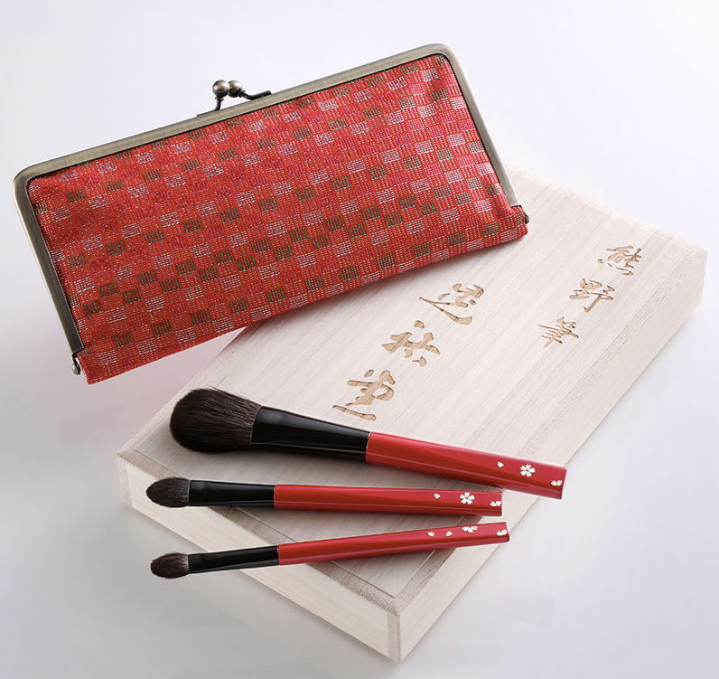 Koyudo Raden Shell 3-Brush Set with Kimono Case, Cherry Blossom Design
