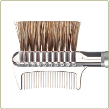 Chikuhodo Regular Series R-B2 Brush & Comb