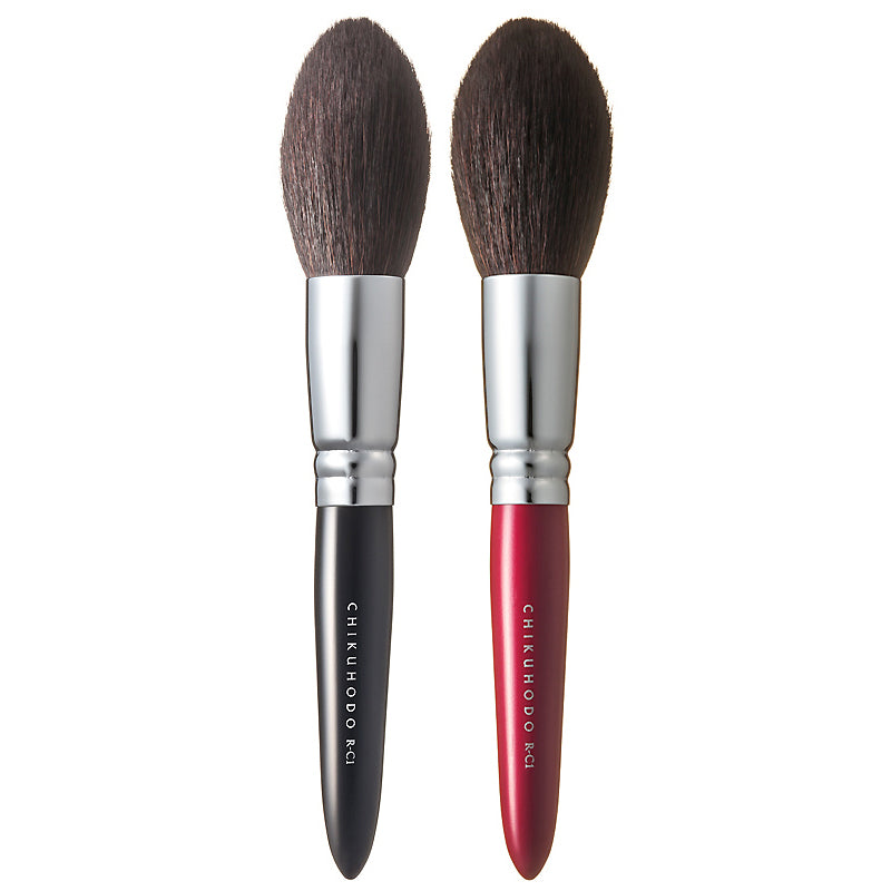 Chikuhodo Cheek Brush, Regular Series (R-C1 Black, RR-C1 Red)-Fude Beauty