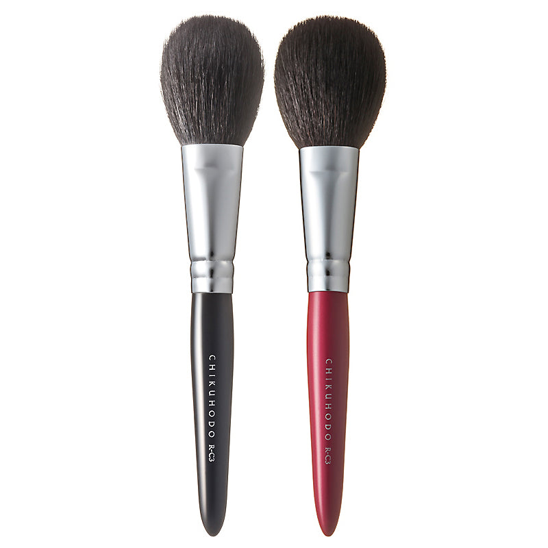 Chikuhodo Cheek Brush, Regular Series (R-C3 Black, RR-C3 Red)