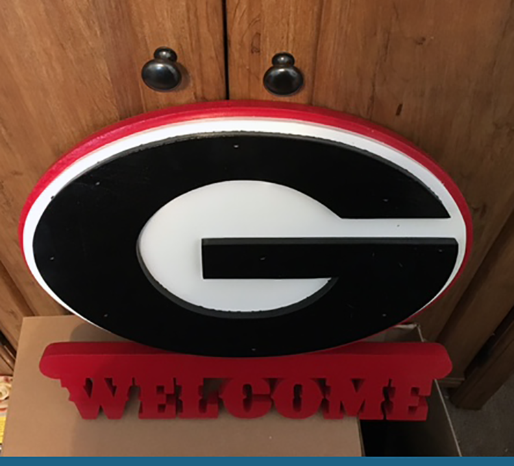 Collegiate Welcome Signs-Ga Bulldog Welcome Sign-Wooden Signs