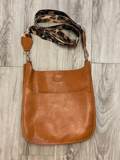Camel crossbody with leopard strap