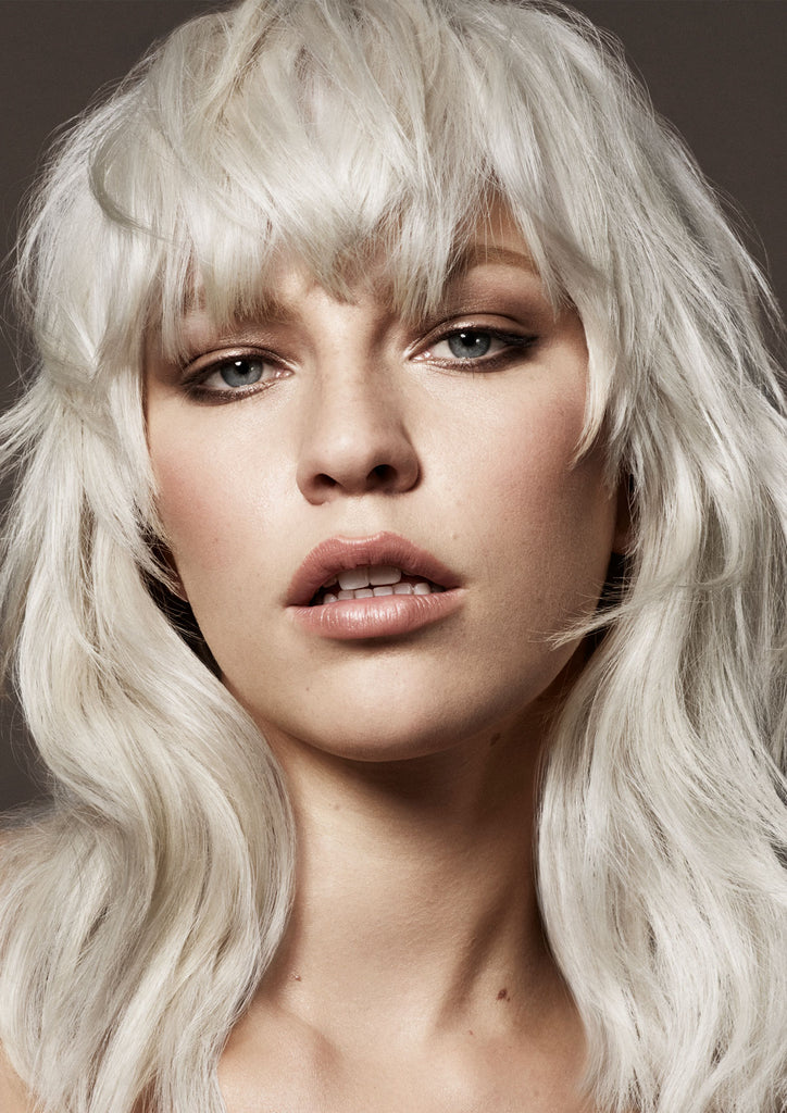 ULTIMATE BLONDE TONI & GUY
