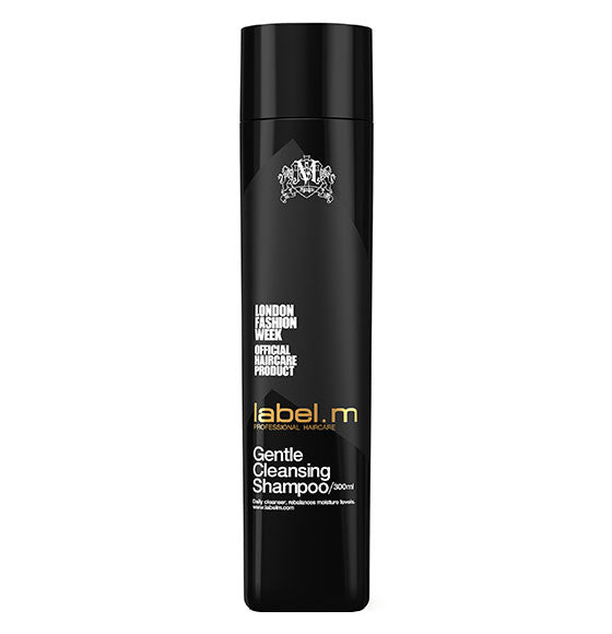 label.m Gentle Cleansing Shampoo gently but effectively cleanses hair and rebalances moisture. Contains Soy And Wheat Proteins. Vanilla, Sweet Pea and Currant boost body and gives über-shine.  Apply to wet hair and massage into a thick lather. Rinse and repeat if necessary.