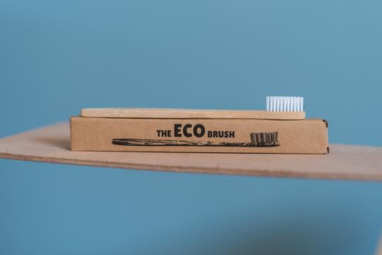 The ECO Brush Bamboo toothbrush - adult