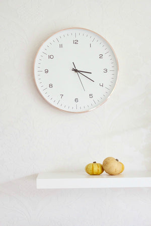 TOP TIPS FOR ADJUSTING TO THE CLOCKS GOING BACK