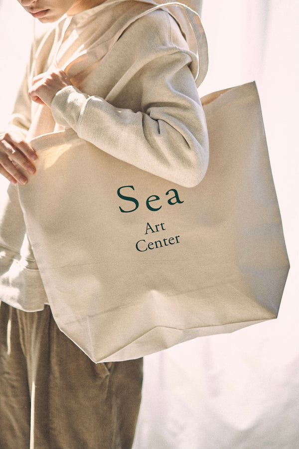 Sea Art Center BAG L