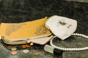 Kimberbell Designs | Keepsake Clasp Purses - Machine Embroidey