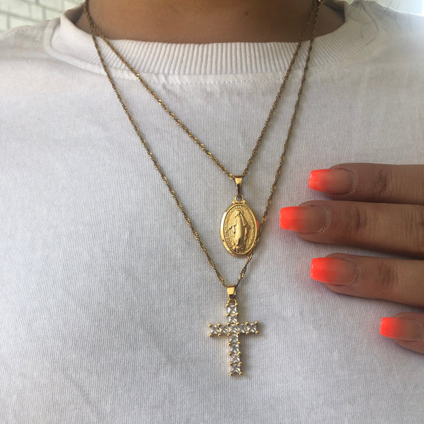 Fancy mini mary pendant necklace in gold and silver - worn zoom in