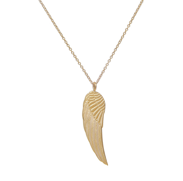 Classy gold-plated chain necklace with wing pendant